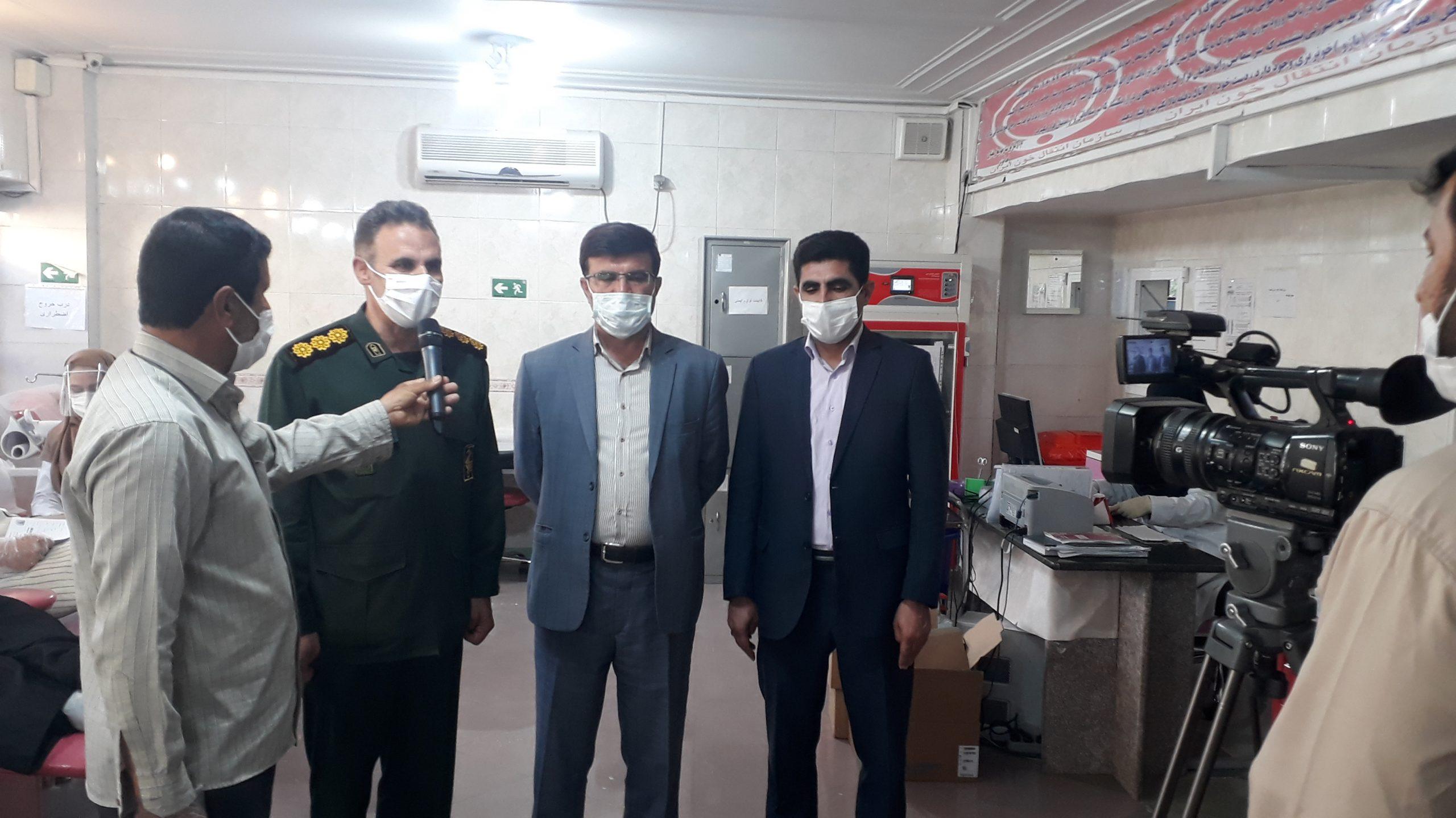 اهدای خون جمعی از کارکنان اداره کل امور عشایر استان